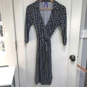 Seraphine maternity wrap dress, black/white print
